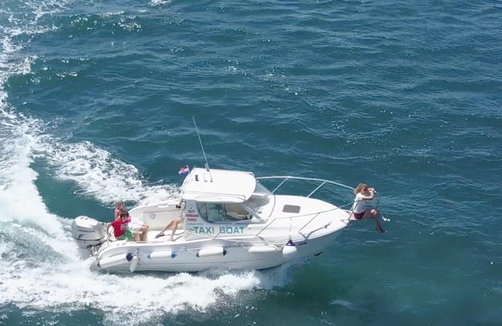 taxi_boat_taxi_boat_celic